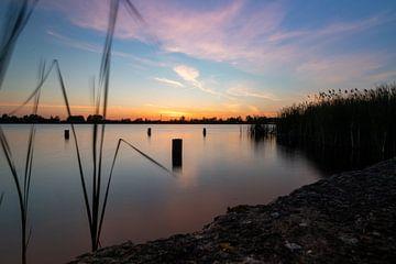 See Abcouder mit Sonnenuntergang von thomas van der Wijngaard