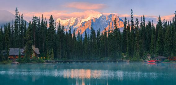 Zonsopkomst Emerald Lake, Canada