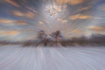 Abstract : Sneeuw en wolken van Michael Nägele