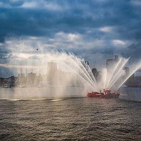 2017-05-06 Feuerlöschboot beim Hafengeburtstag von Joachim Fischer