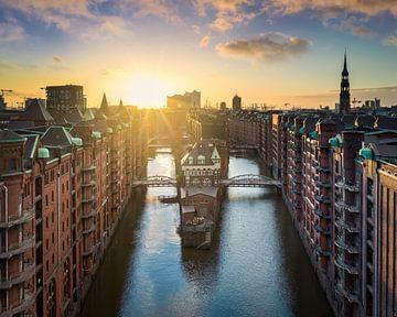 Coucher de soleil à Hambourg sur Michael Abid
