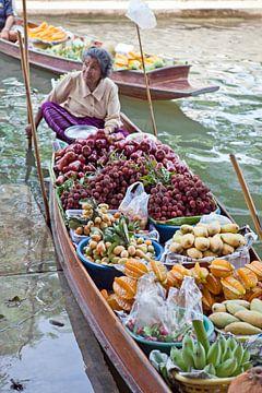 Drijvende markt in Thailand van t.ART