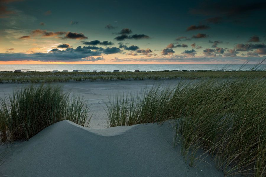 houten strandhuisjes langs de kust van gaps photography