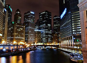 Chicago skyline bij nacht van Joris van Huijstee