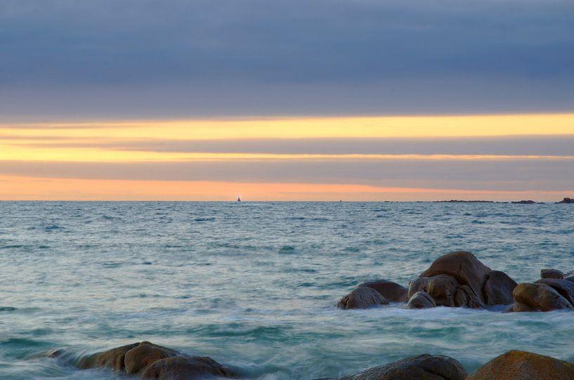 Distant Lighthouse van 7Horses Photography