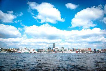 Hamburg: kijk naar de steigers van Norbert Sülzner