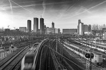 Voies menant à la gare centrale de La Haye sur Arthur Scheltes