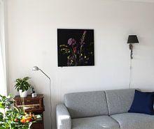 Klantfoto: boeket met paarse bloemen van Hanneke Luit, op canvas