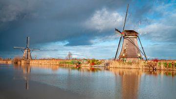 Mühlen bei drohender Luft von Paul Vergeer