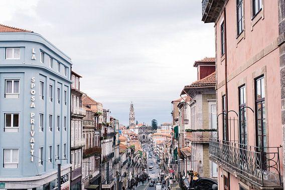 Uitzicht op de stad Porto van Annemarie Rikkers