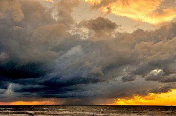 buien boven zee von Bob Bleijerveld