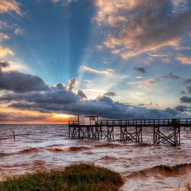 Franse visserhuisje bij zonsondergang van Tammo Strijker