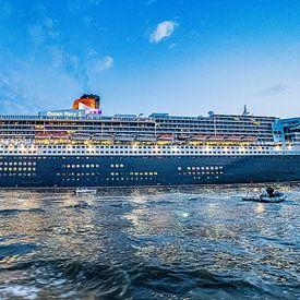 Queen Mary 2 Cunard Line 16:9 Panoramafoto van Joachim Fischer