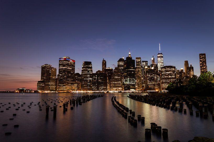 New York City skyline at night van Mark Wijsman
