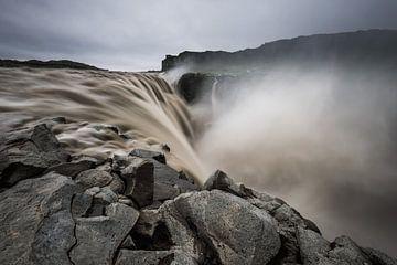 Der Dettifoss-Wasserfall in Nordisland von Gerry van Roosmalen