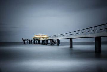 Teehaus über dem Meer van Werner Reins