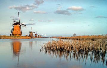 Last light Mills - Kinderdijk von Jan Koppelaar