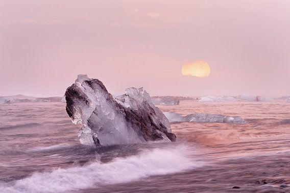 Sonnenuntergang mit Eisblöcken