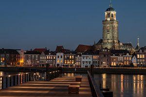 Hanzestad Deventer in de avond