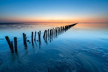 Coucher de soleil calme sur la mer des Wadden