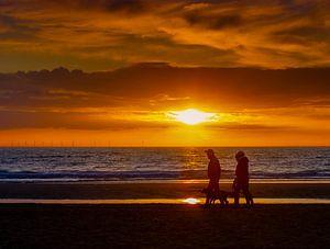 zonsondergang in Egmond aan Zee van