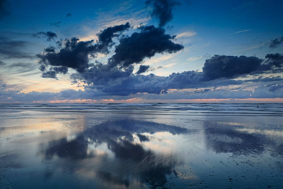 wolken aan de Noordzee