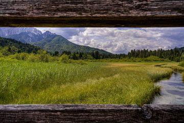 Doorkijkje Triglav Mountains   (492826) van Wesley Van Vijfeijken
