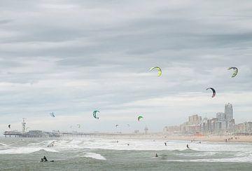 Surfers paradise van Arjen Roos