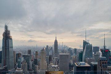 New York Skyline von der Spitze des Rock (Rockefeller Center) Sonnenuntergang Blick im Winter mit Wo von Mohamed Abdelrazek