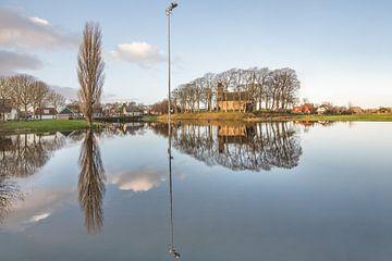 Hijum in Friesland- wachtend op de winter van Harrie Muis