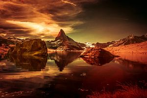 Matterhorn met zijn weerspiegeling in de Stellisee. van Ad Van Koppen