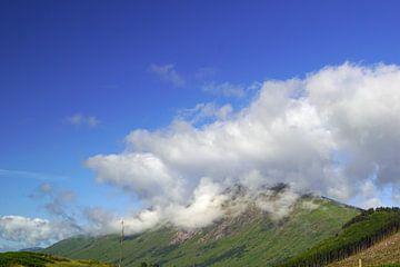 Het kleurrijke Glen Etive in Schotland. van Babetts Bildergalerie