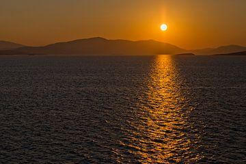 Sunrise.. van Miranda van Hulst