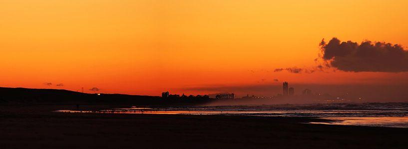 beachlife  van Dirk van Egmond