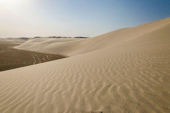 Zandduinen in de woestijn van Qatar
