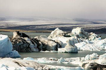 Glacial debris in Iceland sur Louise Poortvliet