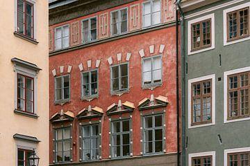 Farbenfrohe Häuser in Gamla Stan, Stockholm (Schweden) von Manon Galama