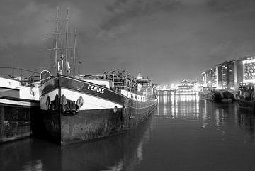 Amsterdamse scheepvaart van Marianna Pobedimova