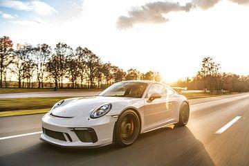 Porsche 911 GT3 4.0 auf hoher Geschwindigkeit von Bas Fransen