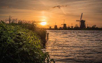 Golden hour Kinderdijk von Jolanda Wisselo