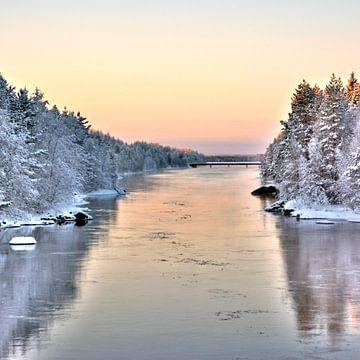 Canal d'hiver sur Torfinn Johannessen