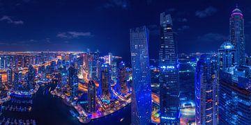 Dubai Marina Panorama bei Nacht von Jean Claude Castor