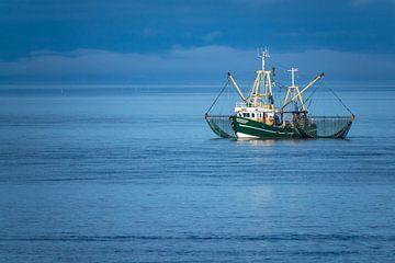 Fishing boat on the North Sea van