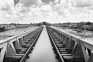 Moerputten Alte Eisenbahnbrücke Den Bosch von Marianne van der Zee