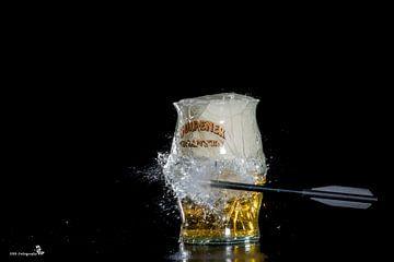 Biertje met pijl van Esther Bax