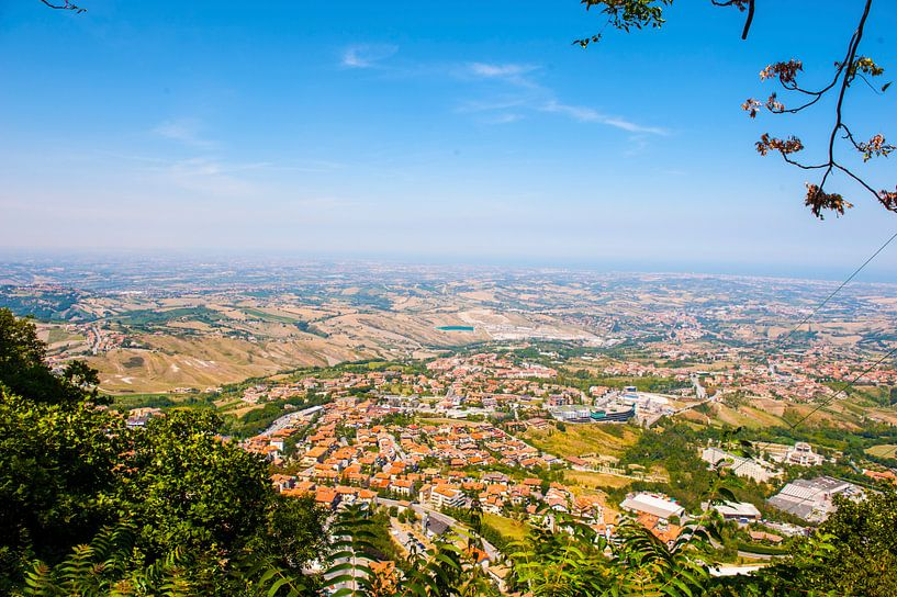 Italië vanuit San Marino gezien. van Brian Morgan