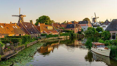 Winsum (in Groningen) tijdens zonsondergang