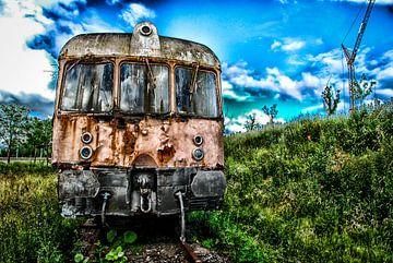 Eindstation - roest rust - oude trein - locomotief van