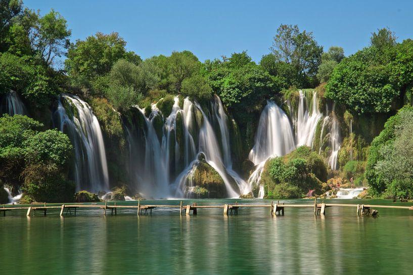 Kravice watervallen van Kees Korbee