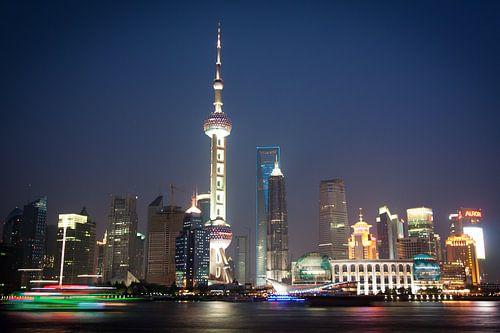 Shanghai Skyline van Norma Jesse
